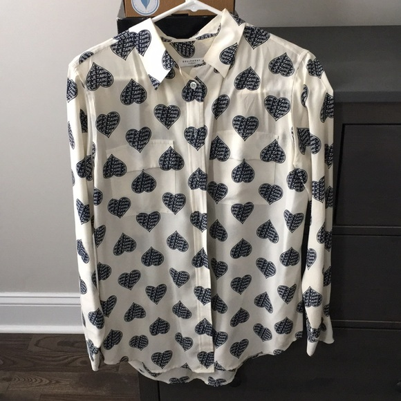 b1c9fda756387 Equipment Tops - Equipment silk blouse size M